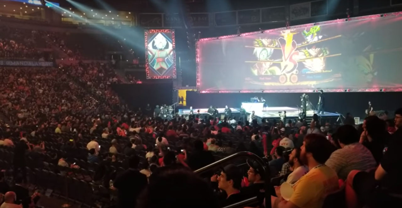 """Screenshot of crowds at """"Dragon Ball FighterZ"""" tournament at Evo 2018 from a Youtube video by GLHFtv, posted on Aug 5, 2018."""